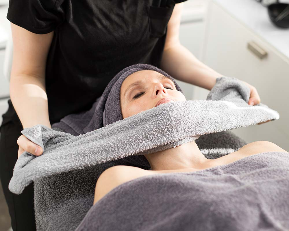 Gesichtsbehandlungen PROSPA Kosmetik Imst Kosmetikstudio Oberland